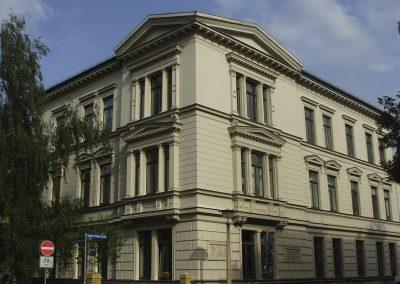 Halle 6-02